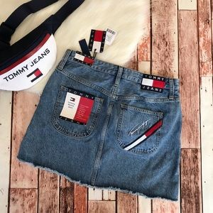 Tommy Jeans Denim Skirt Size Large NWT Blue Mini